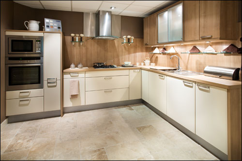 beige_kitchen_l.jpg